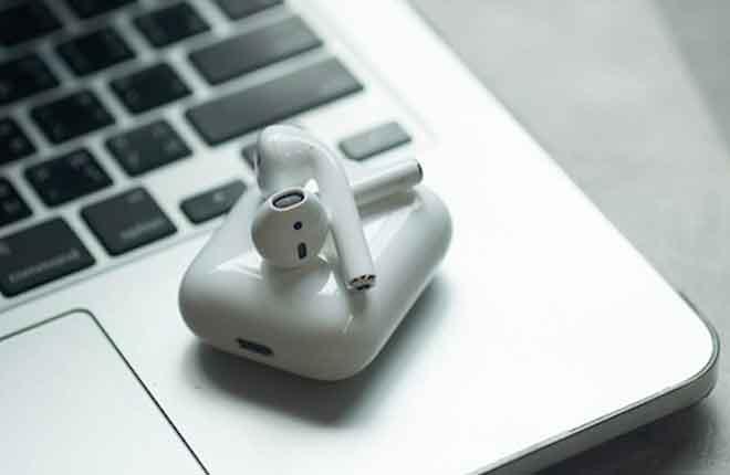 Как подключить AirPods к устройству Mac или iOS