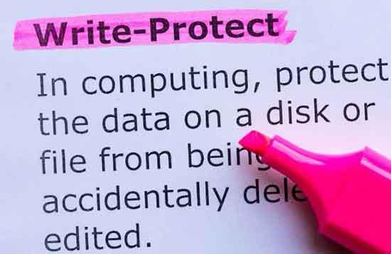 """Как исправить """"Носитель защищен от записи"""" в Windows"""