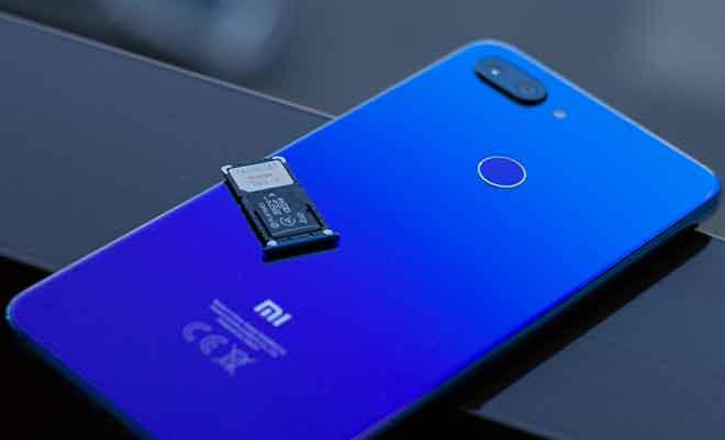Как сохранить фотографии на карту microSD