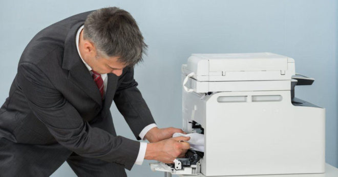 Что делать, если принтер не печатает документ