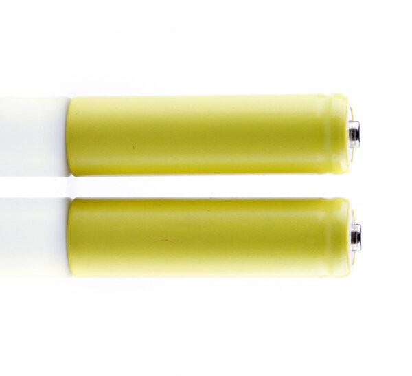 Почему батарея моего iPhone желтая