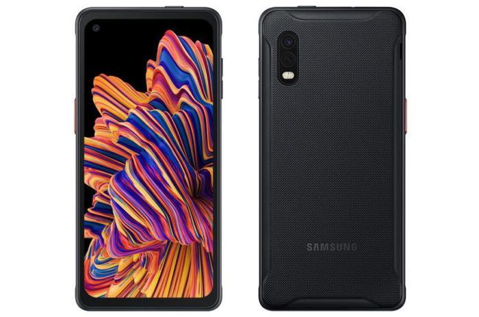 Съемный аккумулятор возвращается в смартфоны Samsung