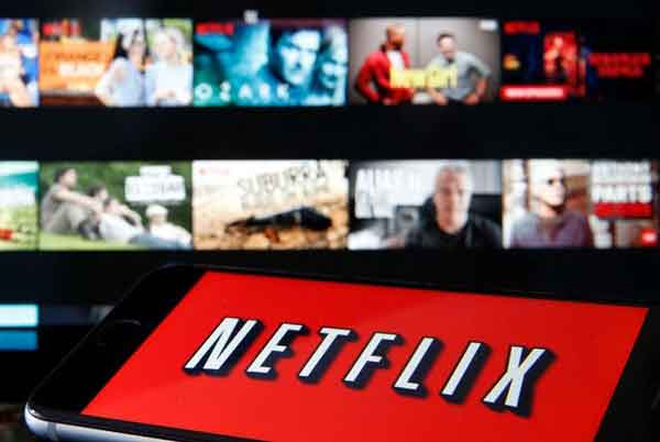 Как скачать фильмы и шоу Netflix на телефон или планшет